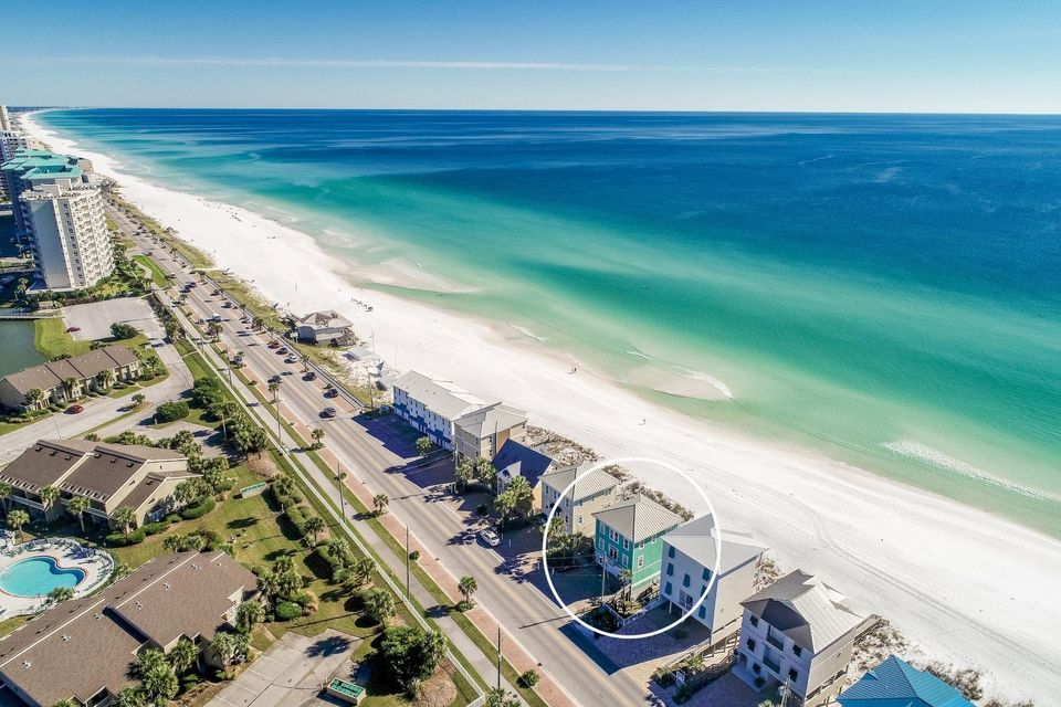 1495 Scenic Gulf,Miramar Beach,Florida 32550,5 Bedrooms Bedrooms,3 BathroomsBathrooms,Detached single family,Scenic Gulf,20131126143817002353000000