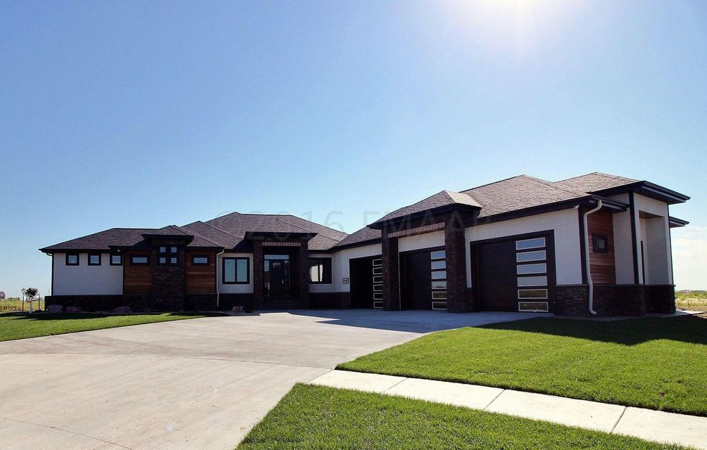Real estate homes for sale in fargo nd search homes in fargo for Home builders in fargo nd