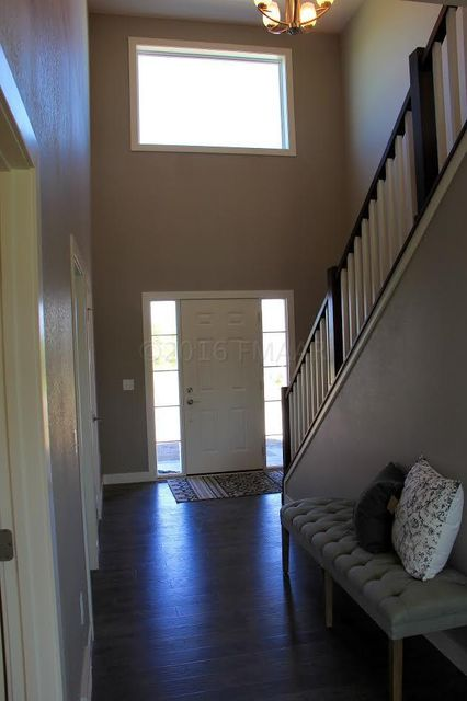 2433 VALLEY View
