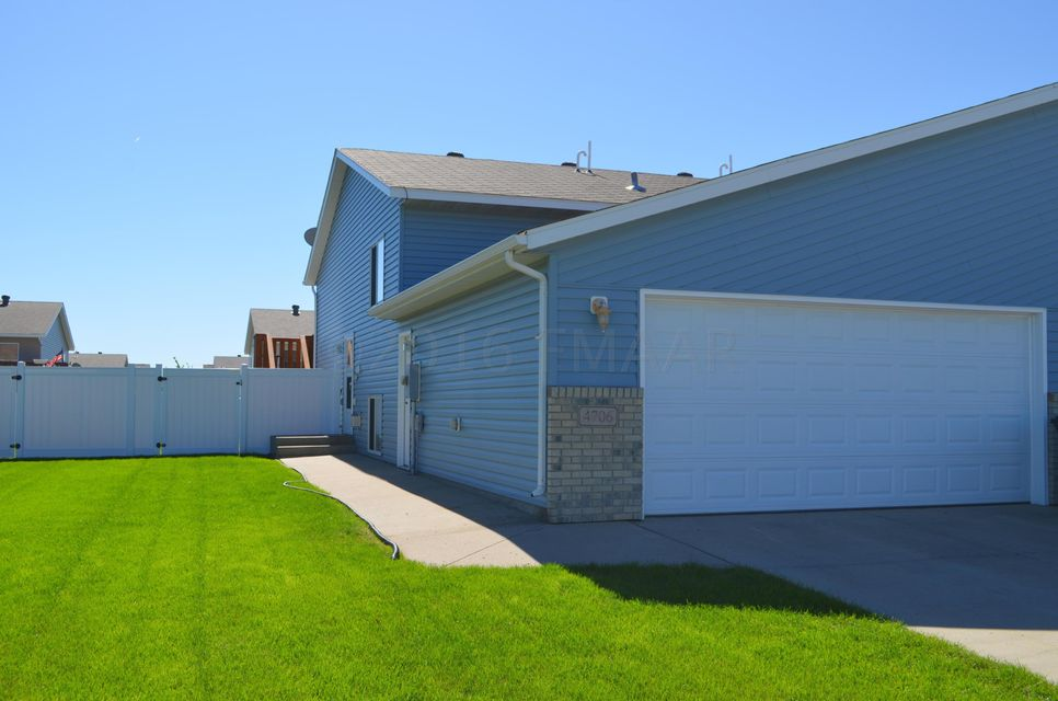 homes for sale view all fargo homes