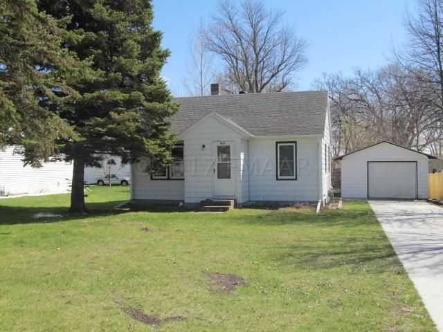909 FRONT Street, Hawley, MN 56549