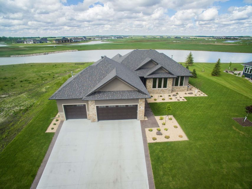 776 RIVER BEND Road, Oxbow, ND 58047