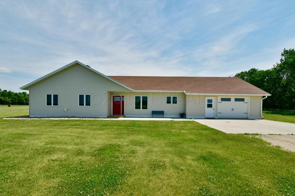 6884 SE 174TH Avenue, Wahpeton, ND 58075