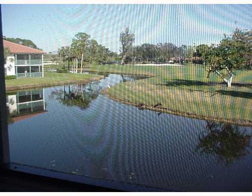Konsum / Eigentumswohnung für Mieten beim 459 N Brackenwood 459 N Brackenwood Palm Beach Gardens, Florida 33418 Vereinigte Staaten