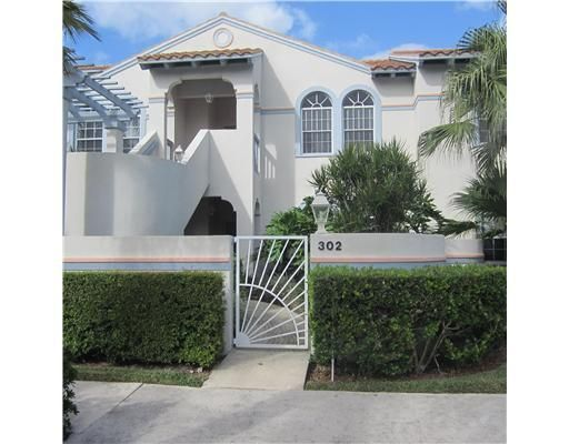 302 S Ryder Cup Circle, Palm Beach Gardens, FL 33418