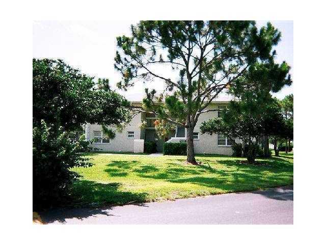 1505 SE Royal Green Circle U104, Port Saint Lucie, FL 34952