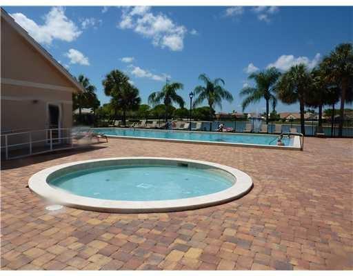 bustos community pool 2