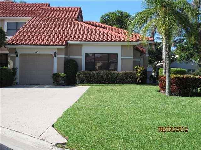 Townhouse for Rent at 900 Windermere Way 900 Windermere Way Palm Beach Gardens, Florida 33418 United States