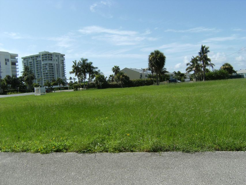 Additional photo for property listing at 2917 N A1a Highway 2917 N A1a Highway 哈钦森岛, 佛罗里达州 34949 美国