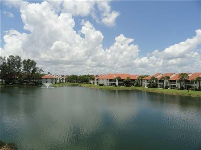 282 Cypress Point Drive 282, Palm Beach Gardens, FL 33418