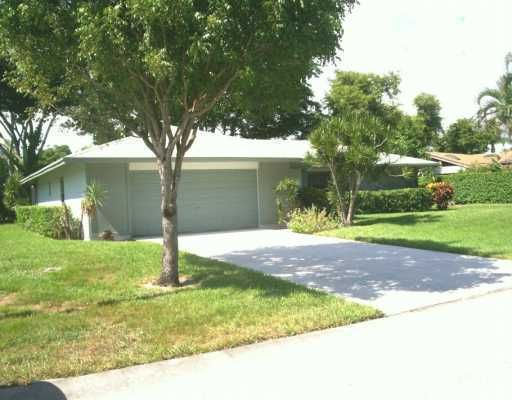 Single Family Home for Sale at 766 NW 24th Avenue 766 NW 24th Avenue Delray Beach, Florida 33445 United States