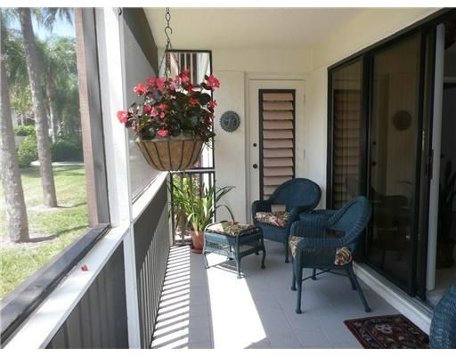 Additional photo for property listing at 604 Brackenwood Cove 604 Brackenwood Cove Palm Beach Gardens, Florida 33418 United States