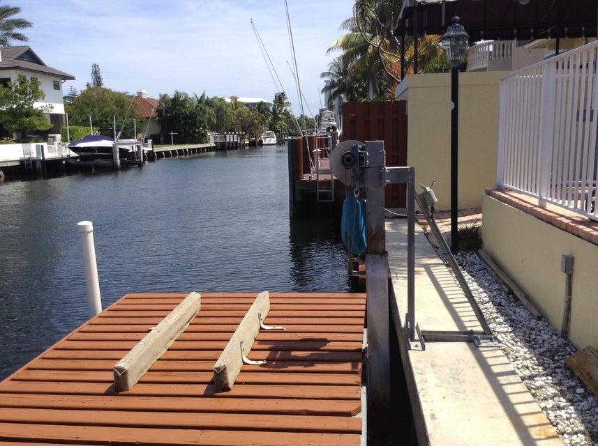 Electric Jet Ski Dock