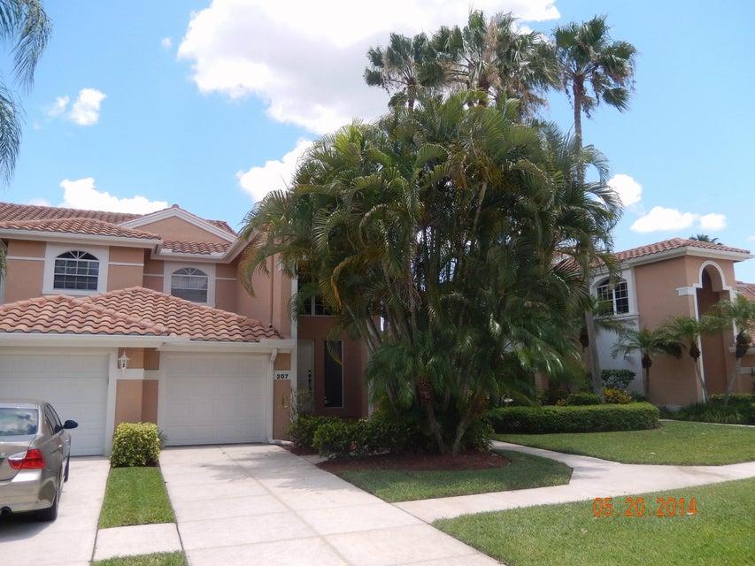 107 Legendary Circle Palm Beach Gardens,Florida 33418,3 Bedrooms Bedrooms,2 BathroomsBathrooms,F,Legendary,RX-10004076