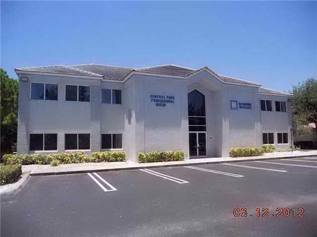 Additional photo for property listing at 146 NW Central Park Plaza 146 NW Central Park Plaza St. Lucie West, Florida 34986 Vereinigte Staaten