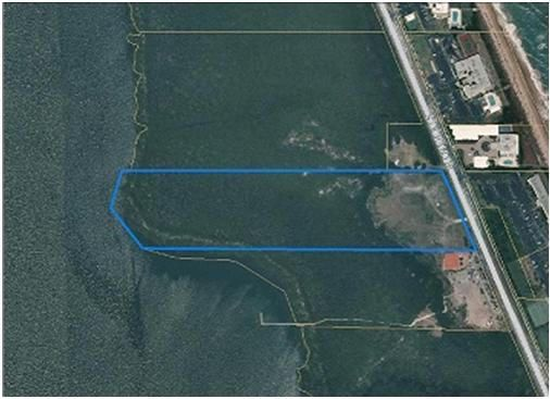 Additional photo for property listing at 10101 S Ocean Drive 10101 S Ocean Drive Jensen Beach, Florida 34957 Estados Unidos