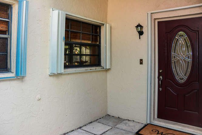 2155 NW 12th St Delray Beach-small-003-R