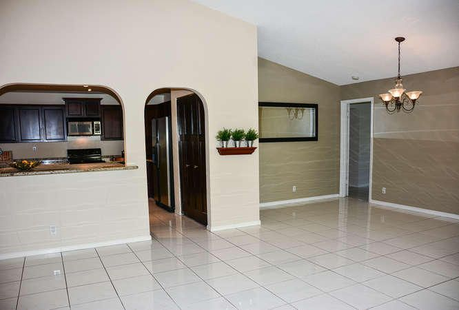 2155 NW 12th St Delray Beach-small-005-R