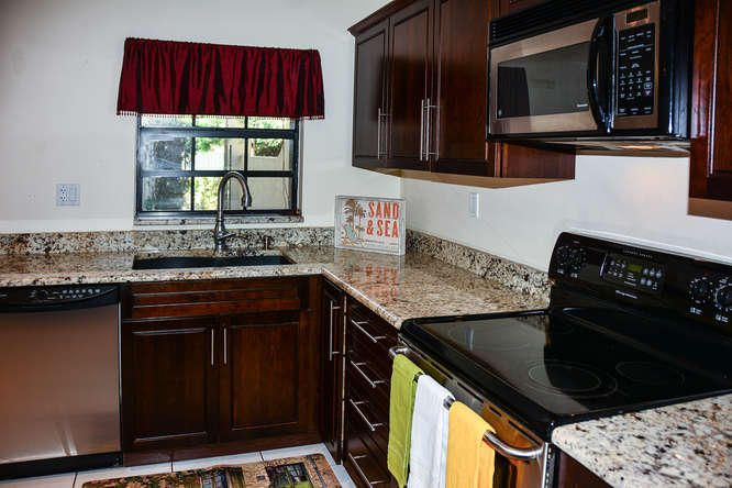 2155 NW 12th St Delray Beach-small-010-R