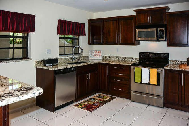 2155 NW 12th St Delray Beach-small-011-R