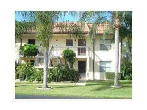 7113 Golf Colony Court 201, Lake Worth, FL 33467