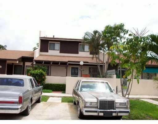 19553 NW 55th Circle Place, Miami Gardens, FL 33055