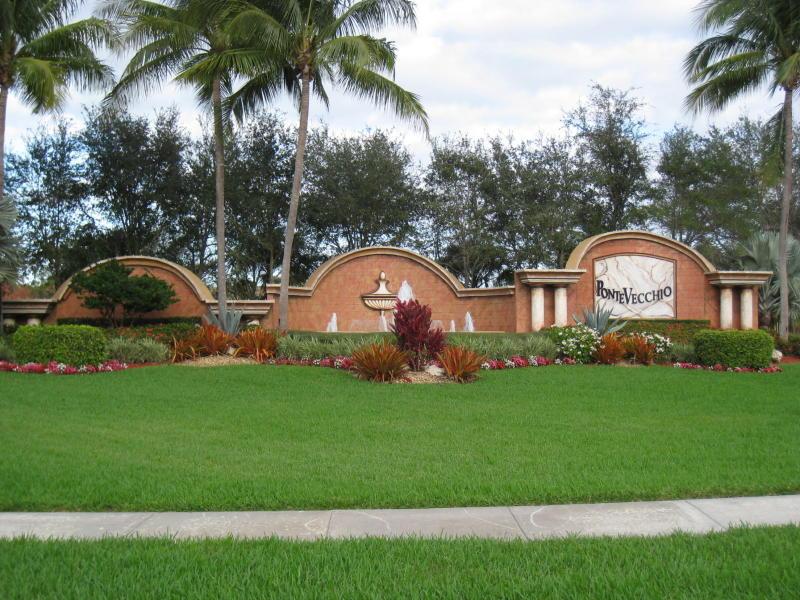6541 Garde Road, Boynton Beach, FL 33472