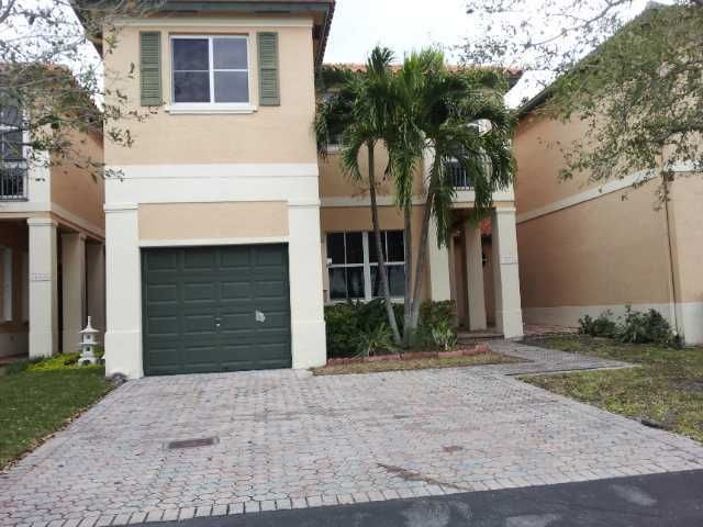 14536 NW 83rd Passage 83, Miami Lakes, FL 33016