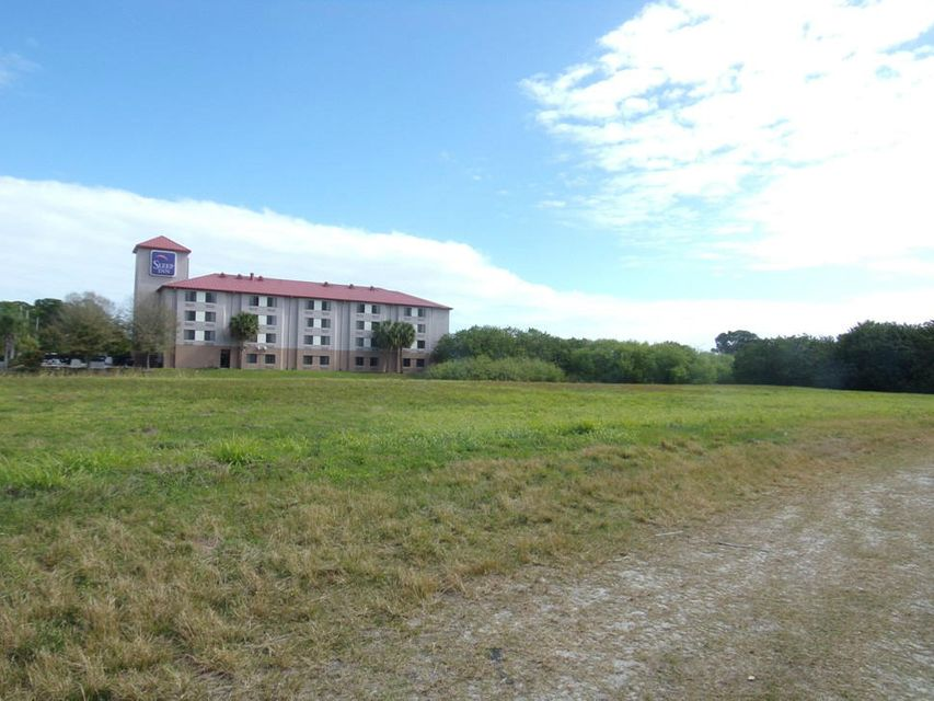 土地,用地 为 销售 在 000 Wheeler Terrace 000 Wheeler Terrace Fort Pierce, Florida 34945 United States