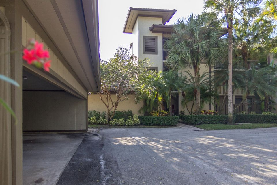 2785 Polo Island Drive J301, Wellington, FL 33414