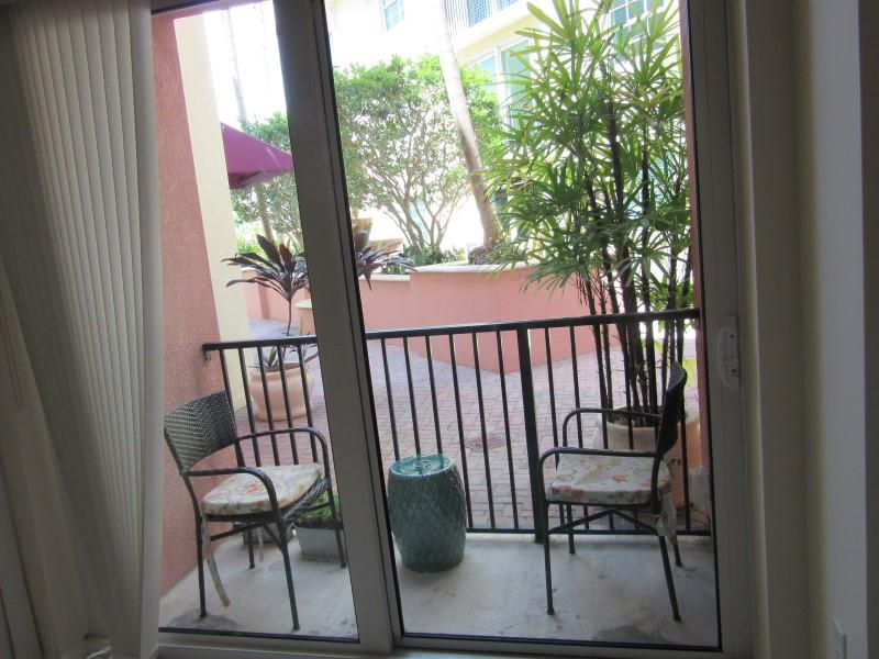 Additional photo for property listing at 235 NE 1st Street 235 NE 1st Street Delray Beach, Florida 33444 États-Unis