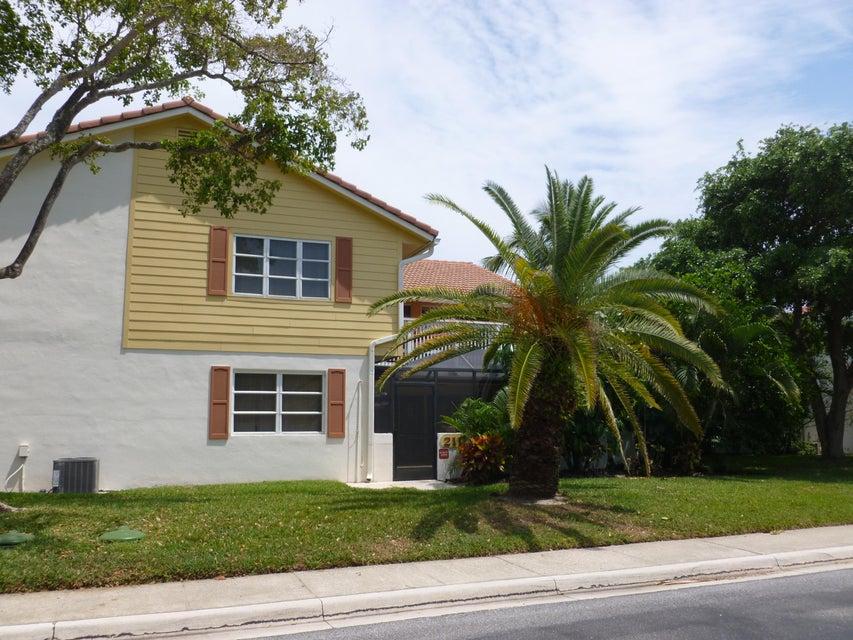 Townhouse for Rent at 211 Seabreeze Circle 211 Seabreeze Circle Jupiter, Florida 33477 United States
