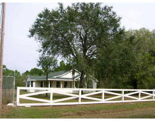 763 Pine Cone Avenue, Clewiston, FL 33440