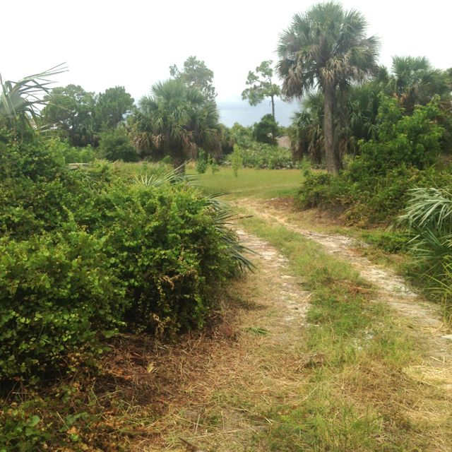 Additional photo for property listing at 3620 NE Savannah Road  Jensen Beach, Florida 34957 United States
