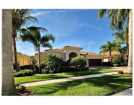 Mizner Country Club home 8029 Laurel Ridge Court Delray Beach FL 33446