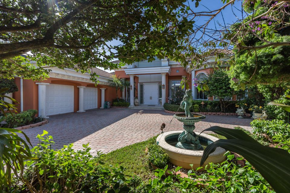 390 Eagle Drive, Jupiter, FL 33477