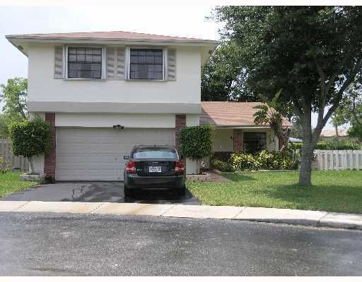 511 Mulberry Lane, Davie, FL 33325