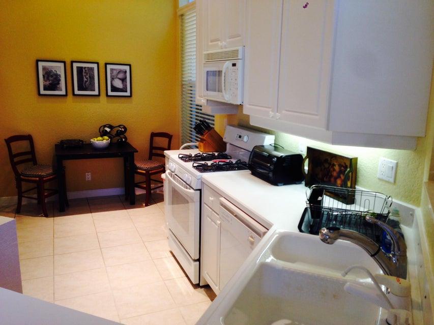 Additional photo for property listing at 4252 NW 66th Lane 4252 NW 66th Lane Boca Raton, Florida 33496 Estados Unidos