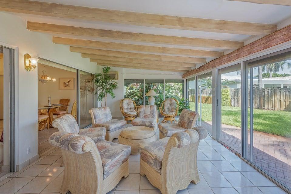 012_Indoor Outdoor Living