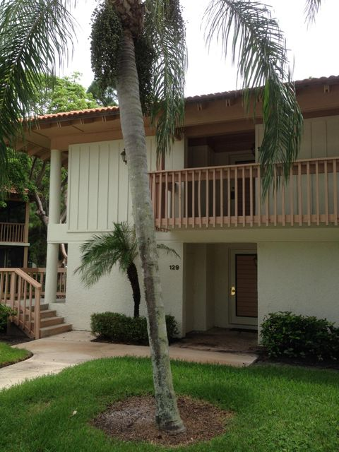 Co-op / Condo للـ Rent في 135 Brackenwood Road 135 Brackenwood Road Palm Beach Gardens, Florida 33418 United States