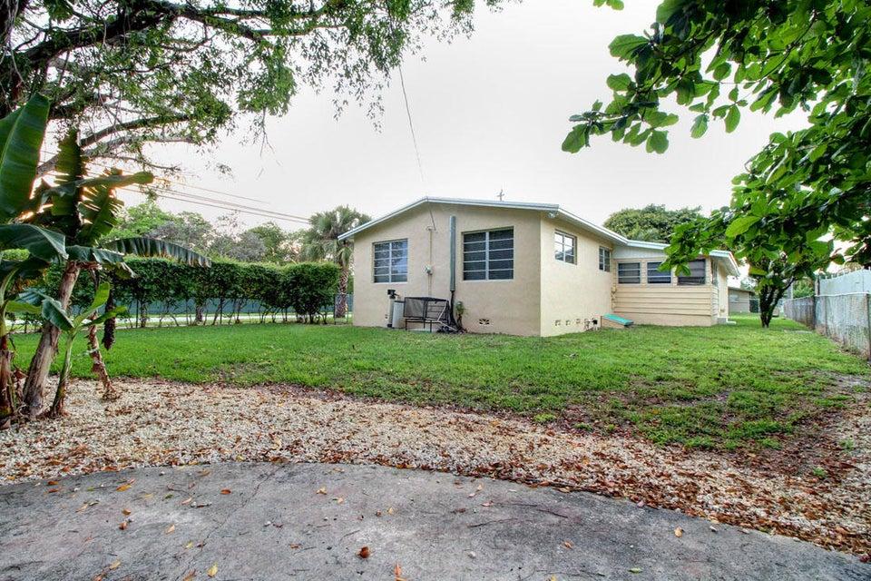 500 NE 139th Street, North Miami, FL 33161