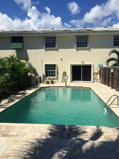 619 NE 7th Avenue, Delray Beach, FL 33483
