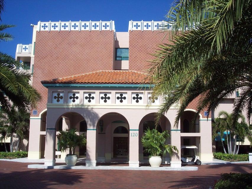 Condominium for Rent at 140 SE 5th Avenue # Ph-42 140 SE 5th Avenue # Ph-42 Boca Raton, Florida 33432 United States