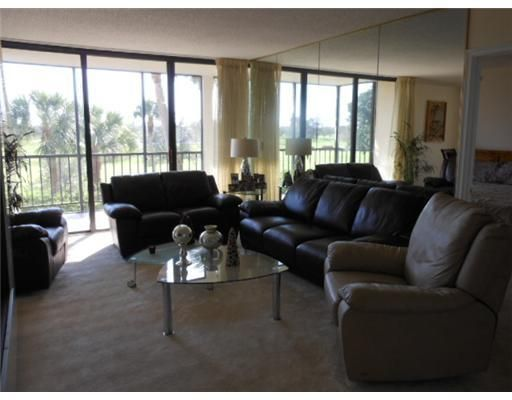Additional photo for property listing at 6845 Willow Wood Drive 6845 Willow Wood Drive Boca Raton, Florida 33434 Vereinigte Staaten