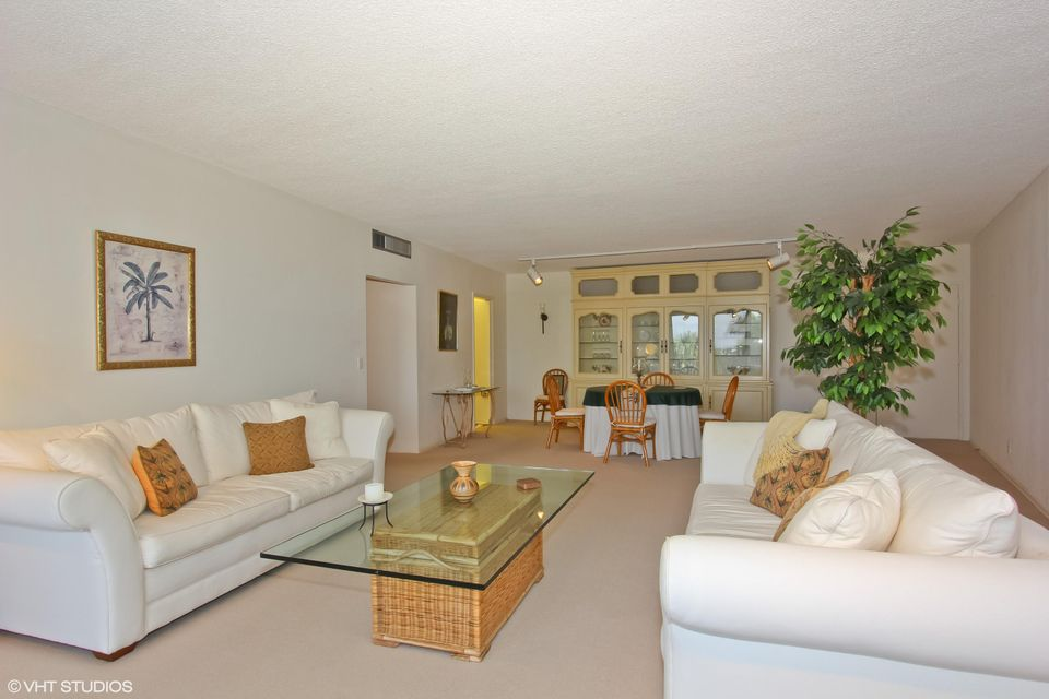 Additional photo for property listing at 2295 S Ocean Boulevard 2295 S Ocean Boulevard Palm Beach, Florida 33480 United States