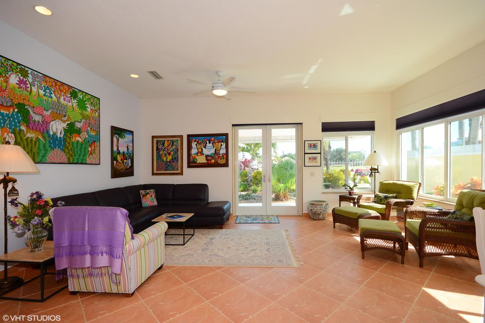 Additional photo for property listing at 930 Bear Island Circle  West Palm Beach, Florida 33409 United States