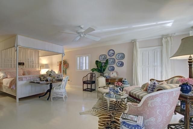 Additional photo for property listing at 223 Flagler Lane  West Palm Beach, Florida 33407 United States