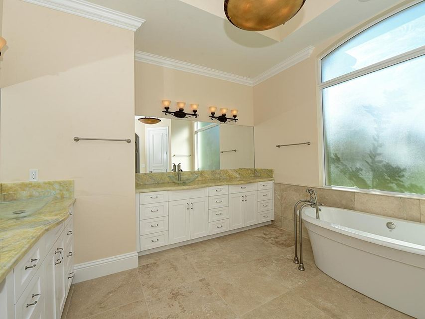 Additional photo for property listing at 173 SE Tramonto 173 SE Tramonto Port St. Lucie, Florida 34984 United States