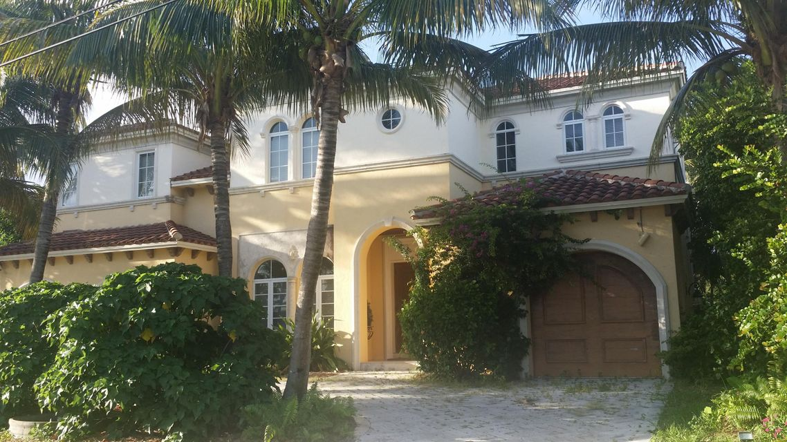 Caribbean keys luxury waterfront homes for sale boca for Luxury caribbean homes for sale