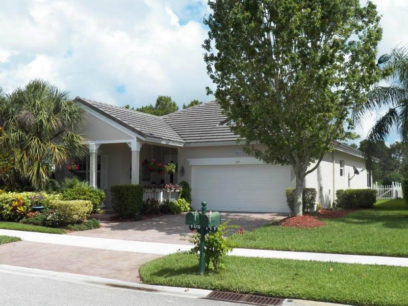 109 NW Berkeley Avenue, Port Saint Lucie, FL 34986